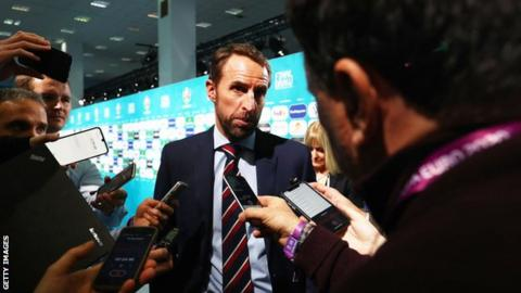 Gareth Southgate: England manager to take 30% pay cut