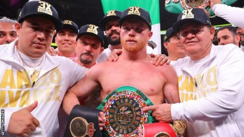 Saul 'Canelo' Alvarez (centre) most recently beat Daniel Jacobs via unanimous decision at middleweight in May