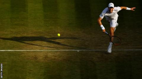 Andy Murray criticised the state of the baselines on Centre Court during his win against Fabio Fognini
