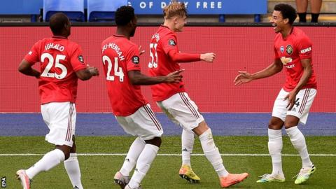 Man Utd seals quarter-final place with 2-1 win over LASK