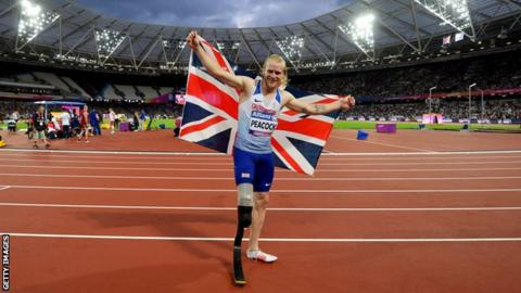 Jonnie Peacock celebrates winning gold at the London 2017 World Para-athletics Championships