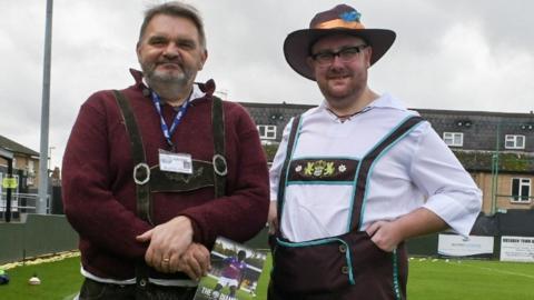 AFC Rushden & Diamonds German dress theme