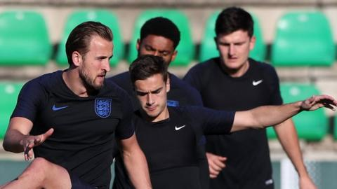 Harry Kane and other England players