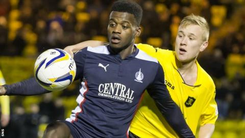 Botti Biabi in action for Falkirk