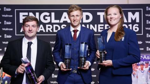 Callum Flynn, Joe Root and Anya Shrubsole