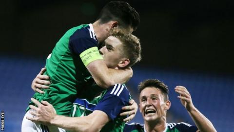 Northern Ireland's Under-21s celebrate after Liam Donnelly's injury-time penalty