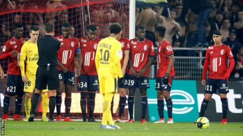 Neymar left of out PSG squad at Sochaux