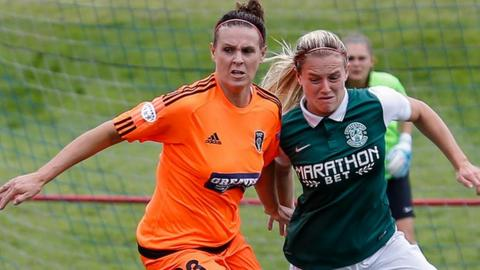 Glasgow City enjoyed a comfortable win over Hibs
