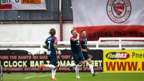 Sligo's Alistair Roy (centre) celebrates a goal