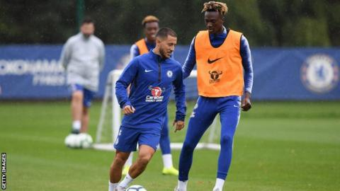 big sale b8ed4 ebaf0 Eden Hazard 'happy to stay' at Chelsea, says Maurizio Sarri ...