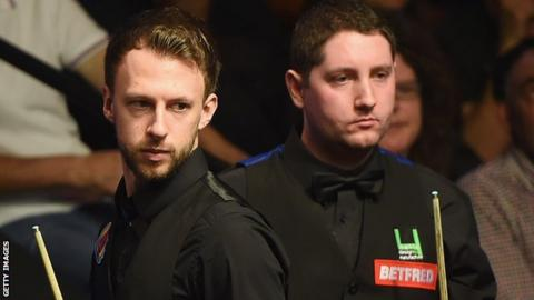 Stuart Carrington (right) in action against Judd Trump at the 2015 World Championship