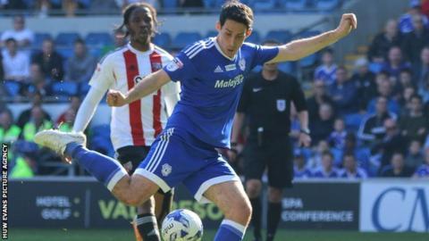 Peter Whittingham scores against Brentford