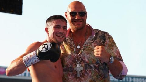 Tyson Fury & Mark Heffron at the International Middleweight Contest at Elland Road on 19 May