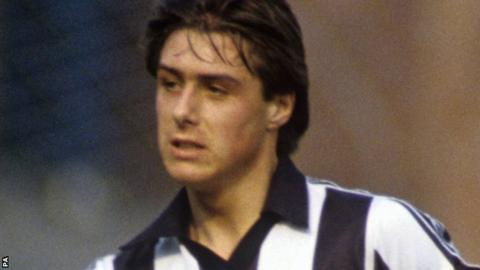 Derek Bell playing for Newcastle in 1982