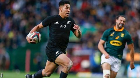 Rieko Ioane scores for New Zealand