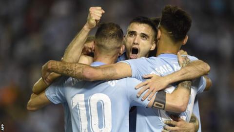 Iago Aspas celebrates his goal with team-mates