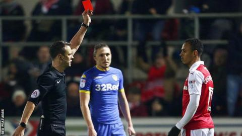 Peter Odemwingie gets sent off