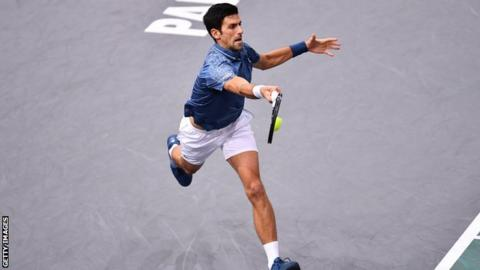 Djokovic, Federer move into Paris Masters quarters