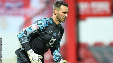 Erwin Mulder faced competition from the likes of Lukasz Fabianski, Kristoffer Nordfeldt and Freddie Woodman during his time at Swansea