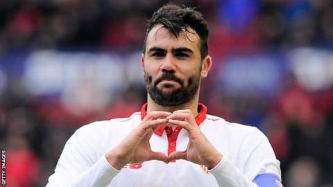 Sevilla celebrate Osasuna win