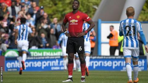 Paul Pogba: Man Utd's dilemma - should they sell or keep midfielder?