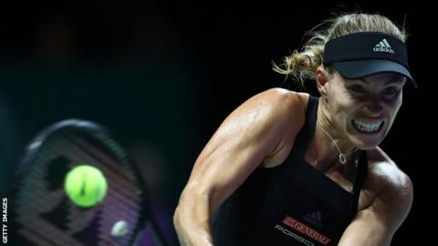 Kerber beats Osaka in three sets at WTA Finals