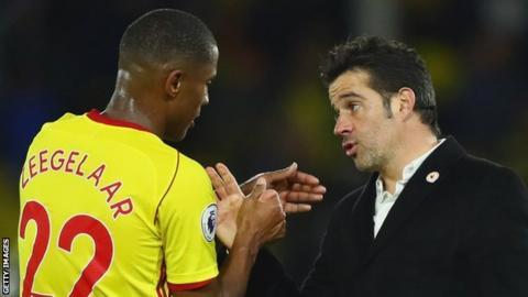 Marvin Zeegelaar and Marco Silva discuss a point during a Watford match