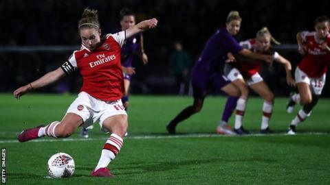 Kim Little scores Arsenal's first goal against Fiorentina