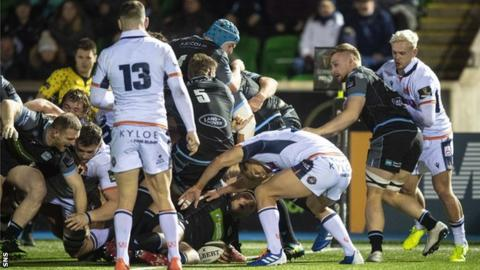 George Turner scores a try for Glasgow Warriors against Edinburgh