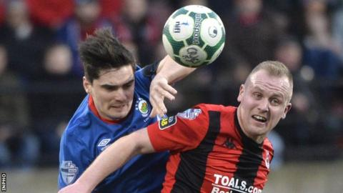 Linfield and Crusaders met each other six times in all competitions last season