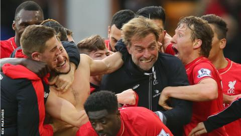 Liverpool manager Jurgen Klopp celebrates with his players