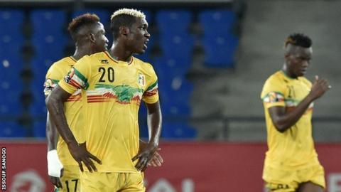 Mali players