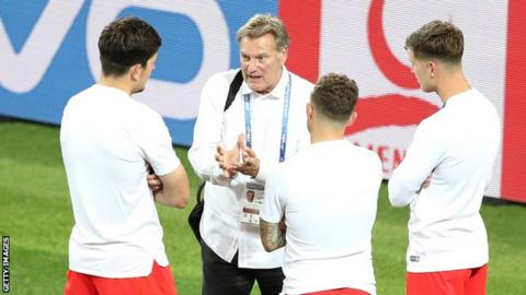 Glenn Hoddle: Ex-England manager seriously ill in hospital