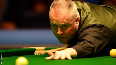 John Higgins played with a broken rib in Glasgow