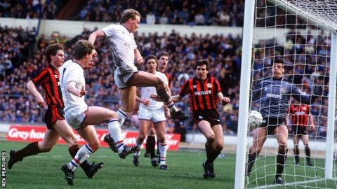 David Speedie scores against Manchester City in the 1986 Full Members Cup final
