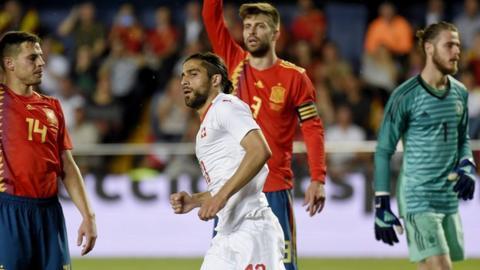 Ricardo Rodriguez equalises for Switzerland