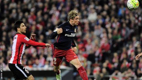 Fernando Torres scores for Atletico Madrid against Athletic Bilbao
