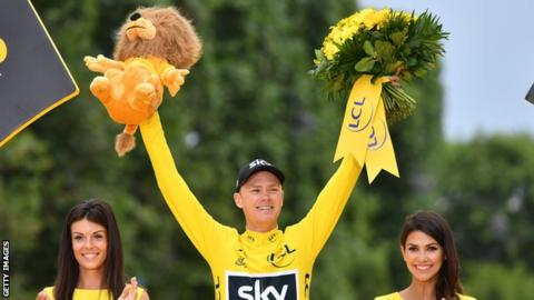 Chris Froome celebrates winning the 2017 Tour de France