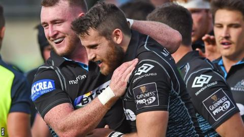 Glasgow Warriors' Stuart Hogg and Tommy Seymour celebrate against Leinster