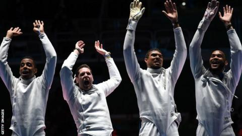 France fencers win team epee