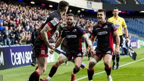 Edinburgh celebrate Blair Kinghorn's try