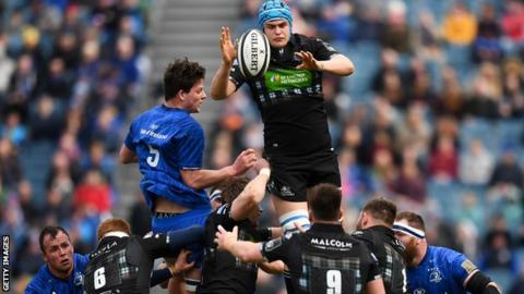 Scott Cummings wins a lineout for Glasgow against Leinster in April 2019