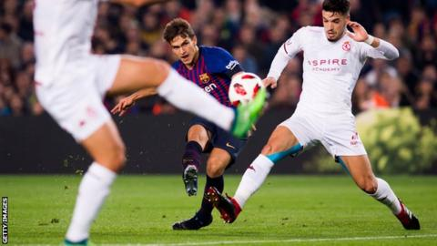 Copa del Rey: Denis Suarez scores twice as Barcelona reach last 16