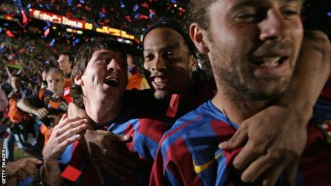 animals Ronaldinho and Messi
