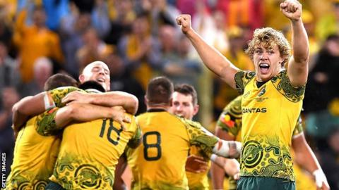 Australia celebrate beating the All Blacks in October 2017