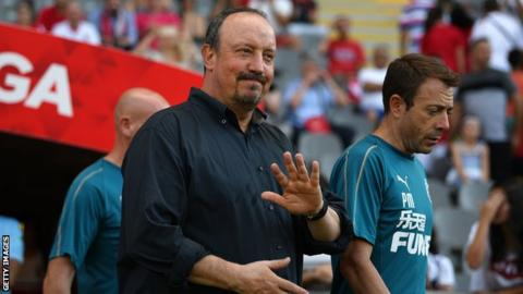 Rafael Benitez: Newcastle United defeat by Braga 'worrying'
