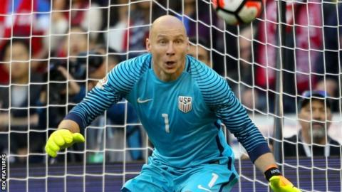 Brad Guzan in action for the USA