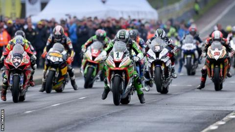 North West 200: New Thursday evening Superbike race introduced for 2020 races