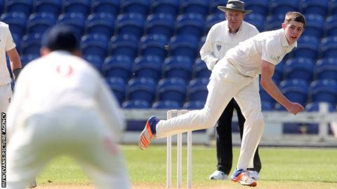 Roman Walker in line for Glamorgan debut in One-Day Cup