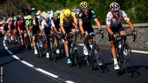 (from right) Richie Porte, Geraint Thomas and Chris Froome formed an impressive unit for Team Sky during the 11th stage of the Tour de France